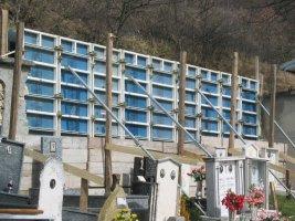 Contenimento stradale nel cimitero di Vigolone